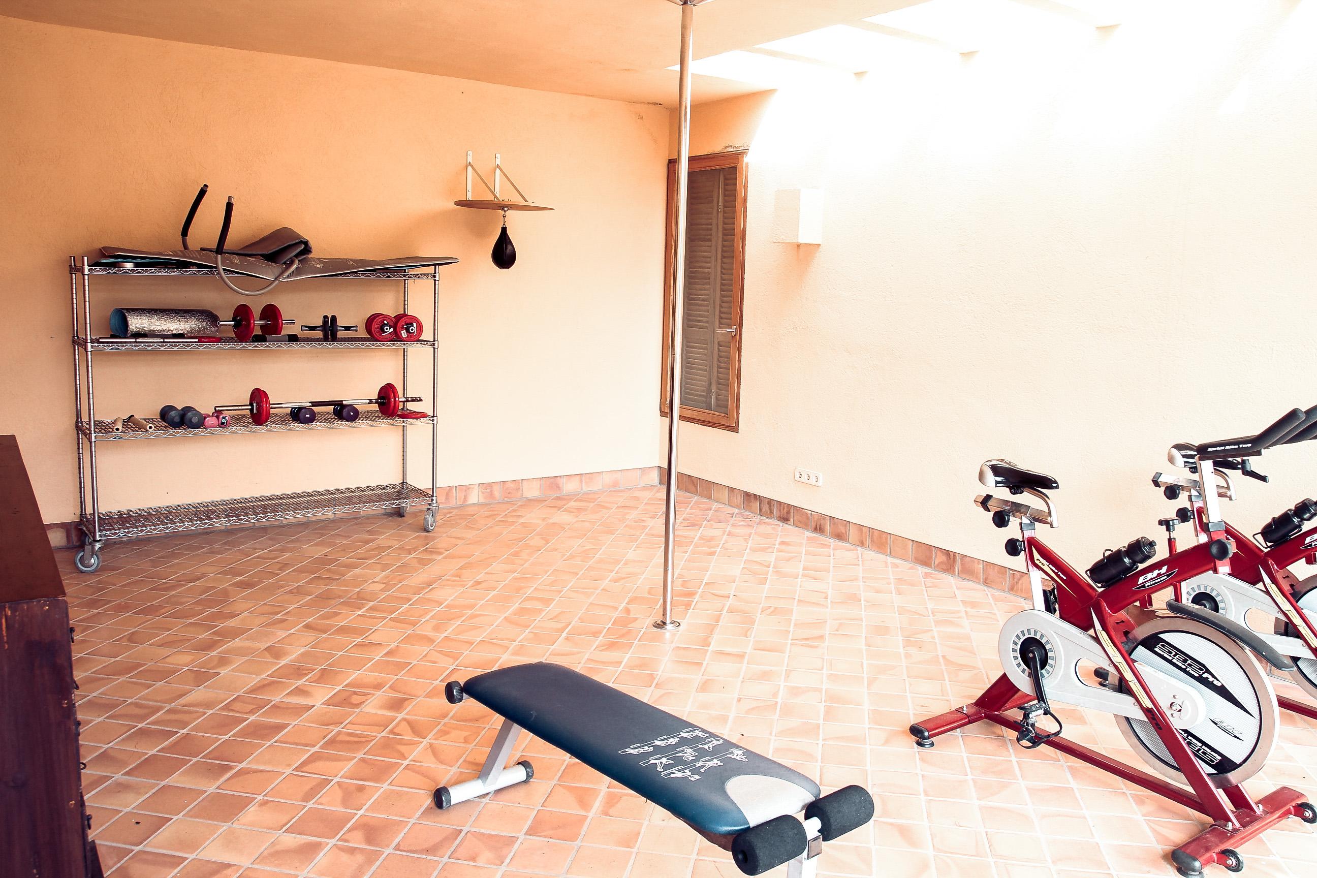 Finca mit Fitnessstudio