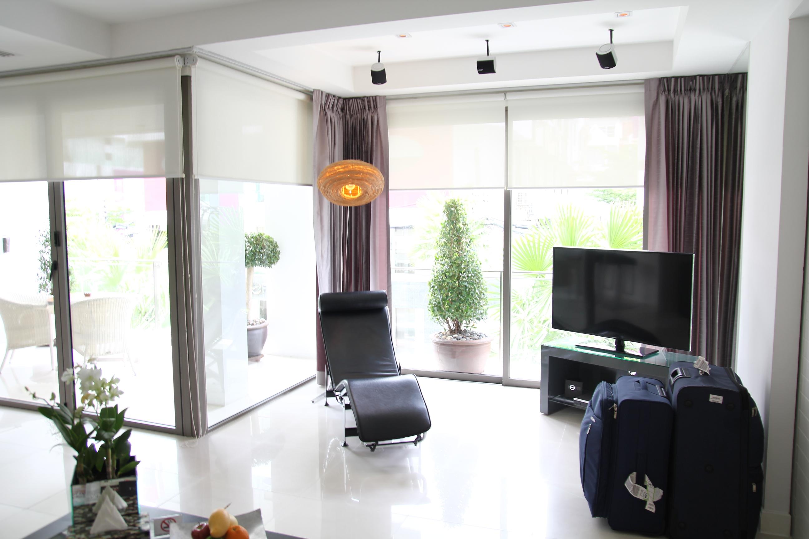 by leslie huhn blog. Black Bedroom Furniture Sets. Home Design Ideas